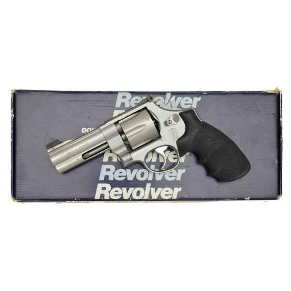 SMITH & WESSON 625-3 REVOLVER.