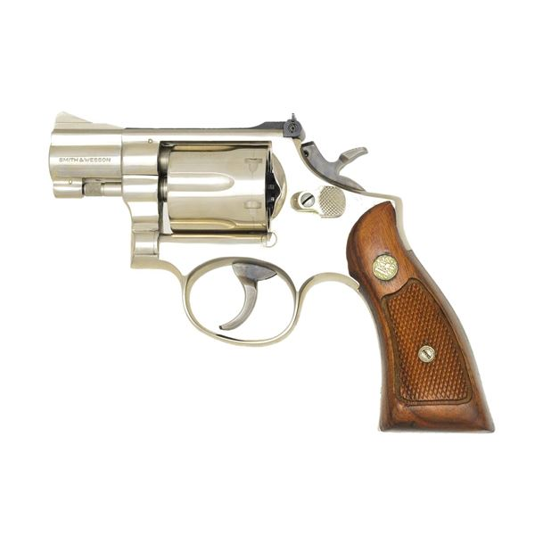 SMITH & WESSON MODEL 15-3 DA REVOLVER.