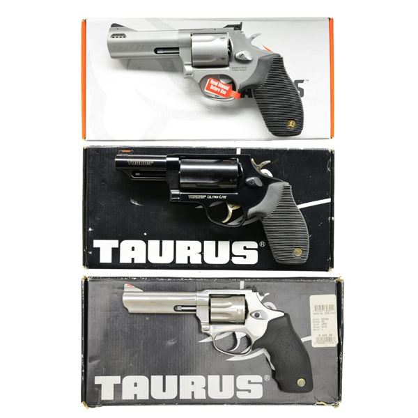 3 TAURUS DA REVOLVERS.