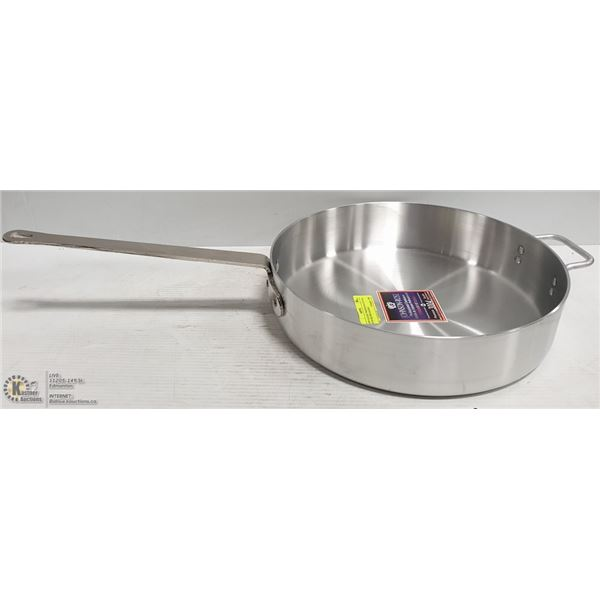 NEW 8 QUART PREMIUM SAUTE PAN WITH HELPER HANDLE