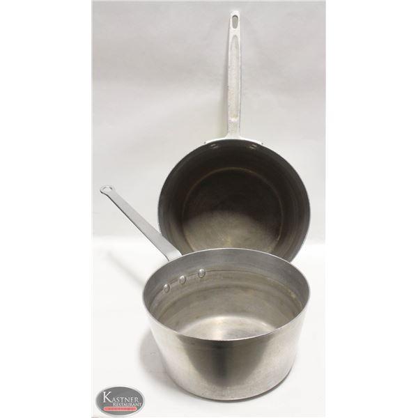 LOT OF 2 APPROX. 7QT SAUCE PANS