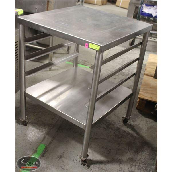STAINLESS STEEL TABLE W/ UNDERSHELF & DISHTRAY