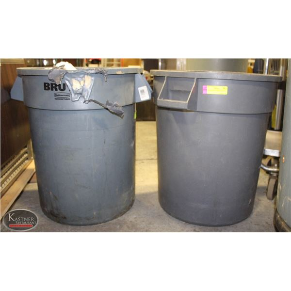LOT OF 2 GREY TRASH CAN 20 GAL