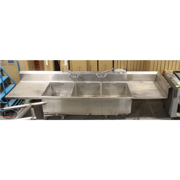 3 COMPARTMENT COMMERCIAL SINK /W DUAL DRAINBOARDS