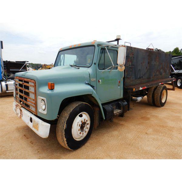 1989 INTERNATIONAL 1754 Water Truck