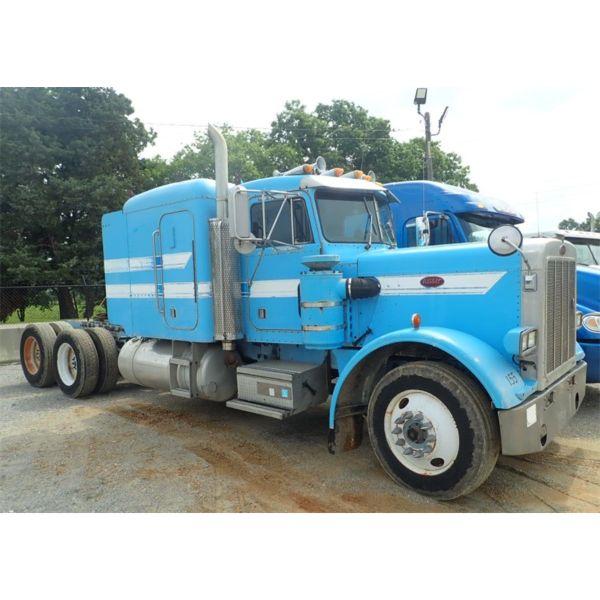 1987 PETERBILT  Sleeper Truck