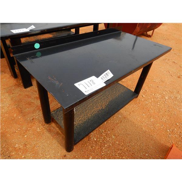 METAL TABLE (B7)