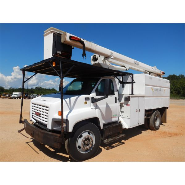 2005 GMC C7500 Bucket Truck