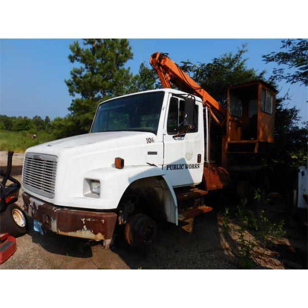 2003 FREIGHTLINER FL70 Grapple Truck