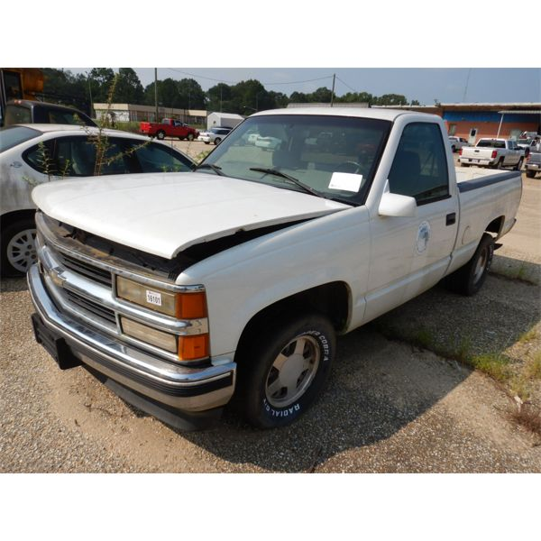 1997 CHEVROLET 1500 Pickup Truck