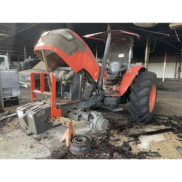 KUBOTA M9540 Farm Tractor