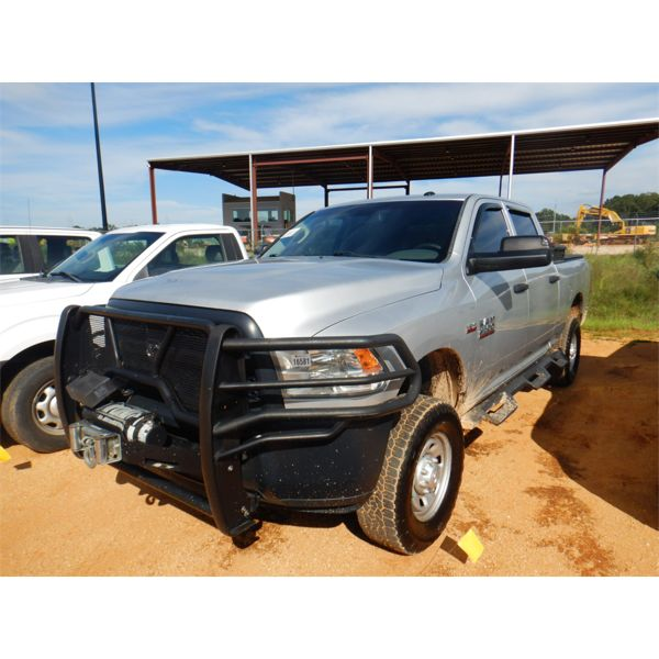 2015 RAM 2500 HEAVY DUTY Pickup Truck