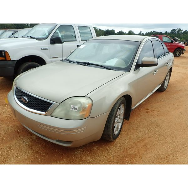 2006 FORD FIVE HUNDRED SEL Automobile
