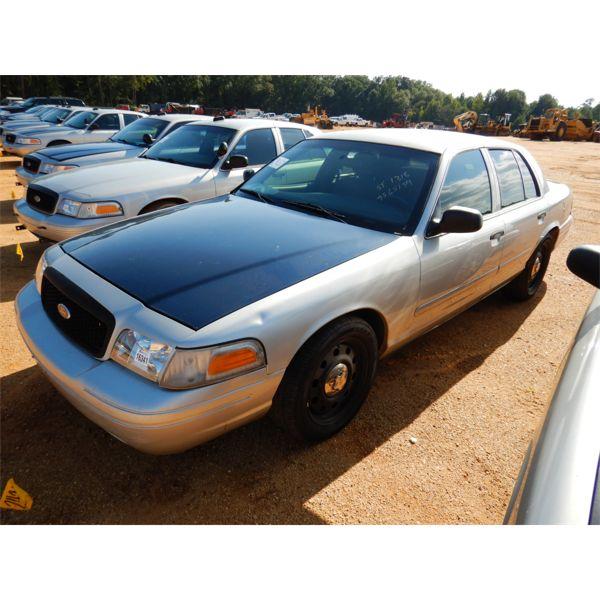 2007 FORD CROWN VICTORIA Automobile