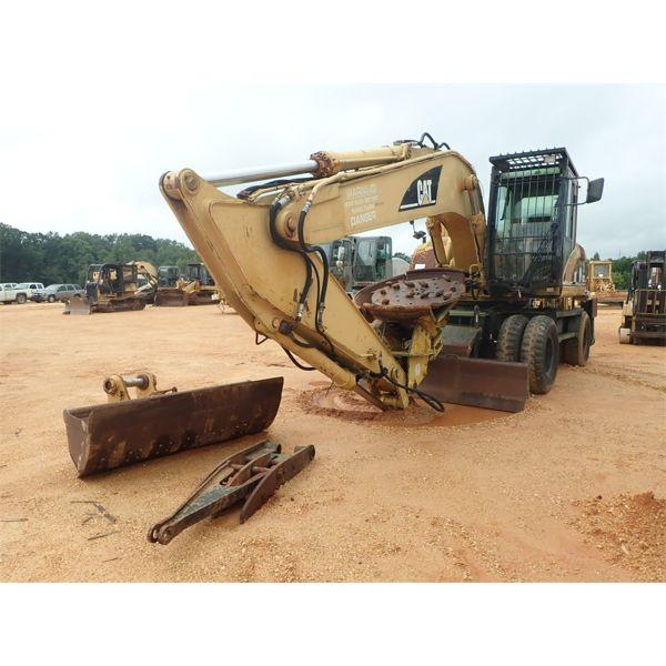 2004 CAT M322C Excavator - Wheel
