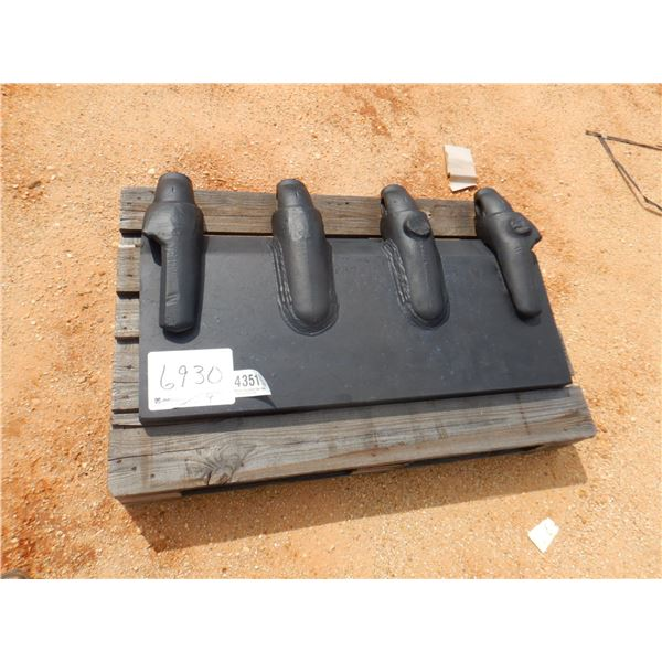 """EXCAVATOR LIP ASSEMBLY (2"""" x 18"""" x 42.5"""") W/ HENSLEY XS40 ADAPTERS,  fits bucket"""