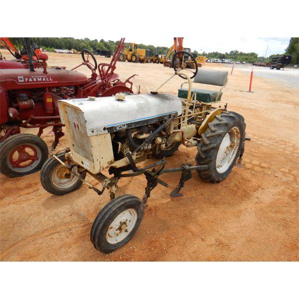 INTERNATIONAL CUB Farm Tractor