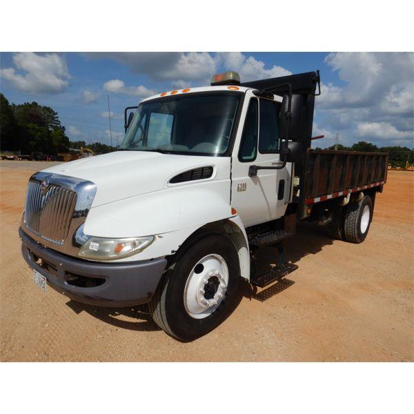 2007 INTERNATIONAL 4300 Flatbed Dump Truck