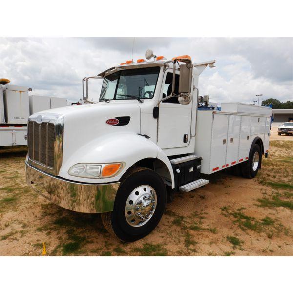2011 PETERBILT PB337 Fuel / Lube Truck