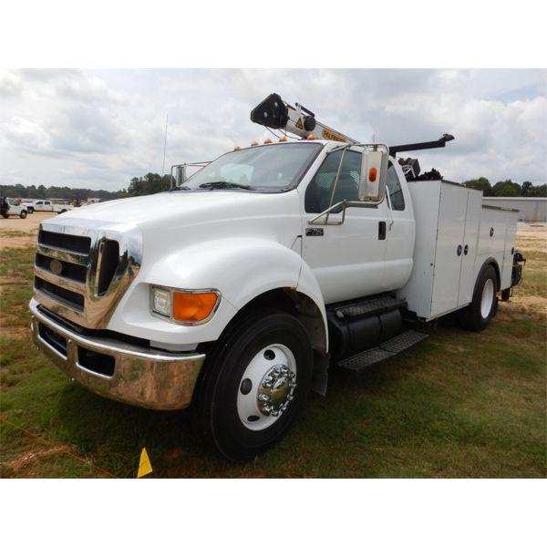 2011 FORD F750 XLT Service / Mechanic Truck