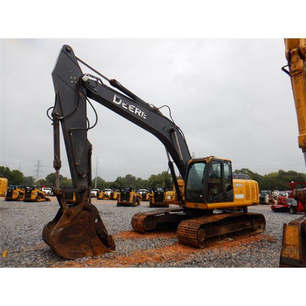 2009 JOHN DEERE 240D LC Excavator