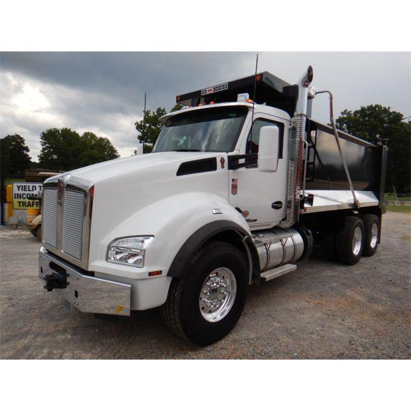2022 KENWORTH T880 Dump Truck