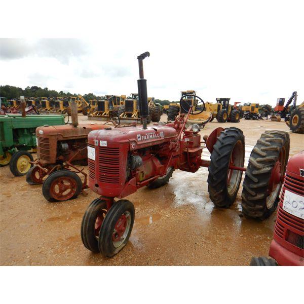 IH McCORMICK FARMALL SUPER C Farm Tractor