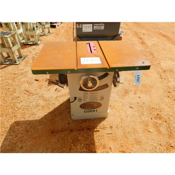 """GRIZZLY INDUSTRIAL 10"""" TABLE SAW"""