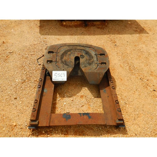 TRUCK/TRACTPR FIFTH WHEEL HITCH (A1)