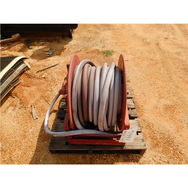 REEL OF WATER HOSE W/12 VOLTS DRIVE (B9)