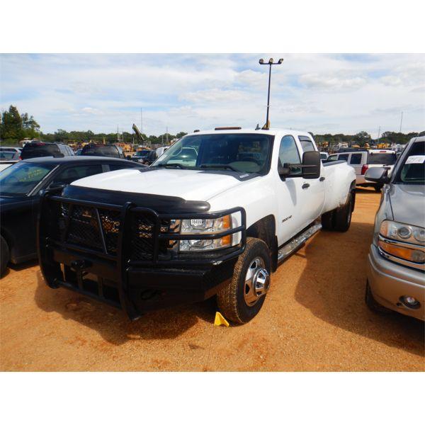 2014 CHEVROLET 3500HD Pickup Truck
