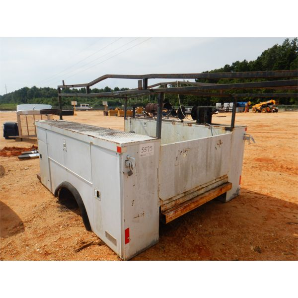 9.5' ALTEC MAINTENANCE TRUCK BED, W/PIPE RACK (A-1)