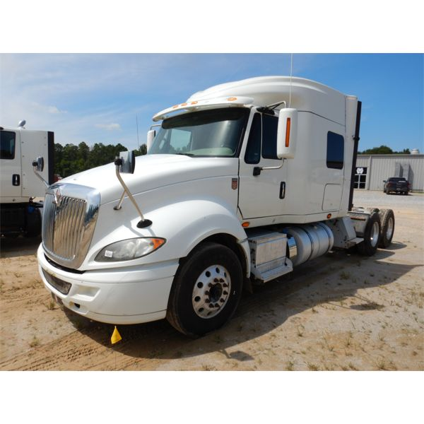 2015 INTERNATIONAL PROSTAR PLUS Sleeper Truck