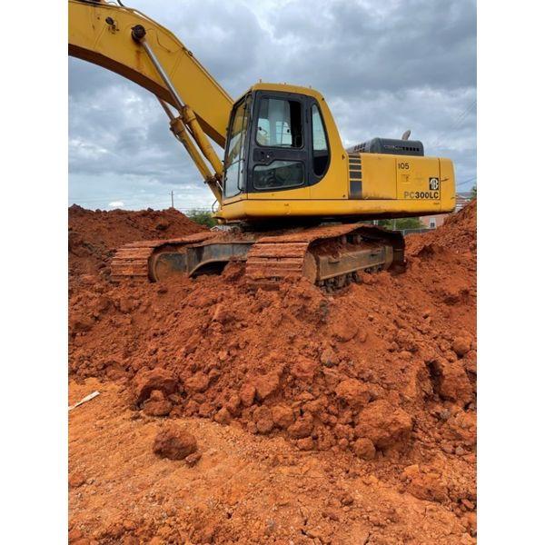2000 KOMATSU PC300LC-6 Excavator