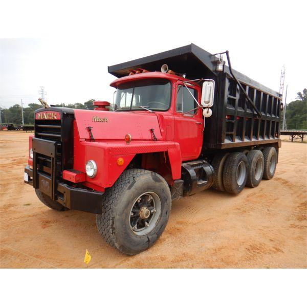 1984 MACK RD685SX Dump Truck