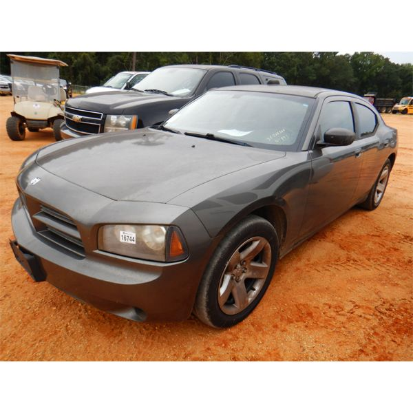 2010 DODGE CHARGER Automobile