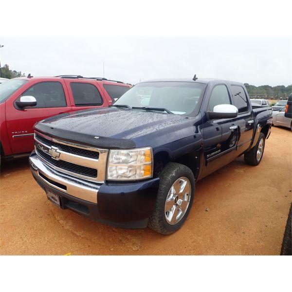 2010 CHEVROLET SILVERADO LT Pickup Truck