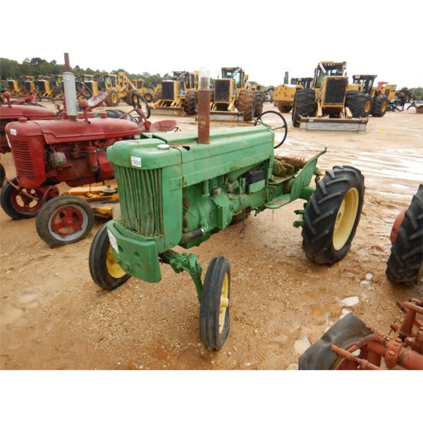 JOHN DEERE 40-S Farm Tractor