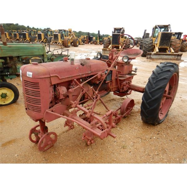 FARMALL MODEL C Farm Tractor