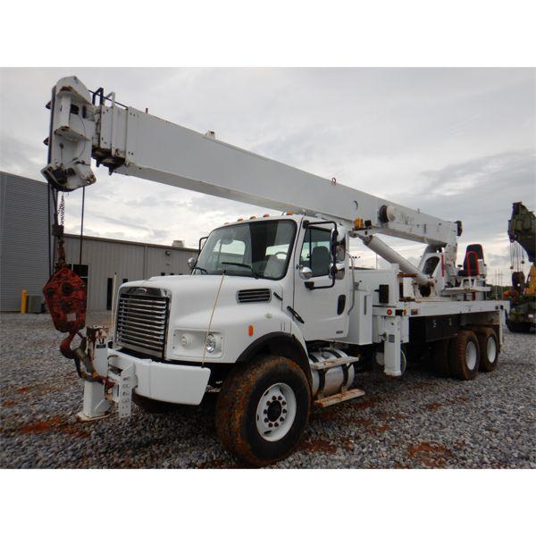 2006 FREIGHTLINER M2 Boom / Crane Truck
