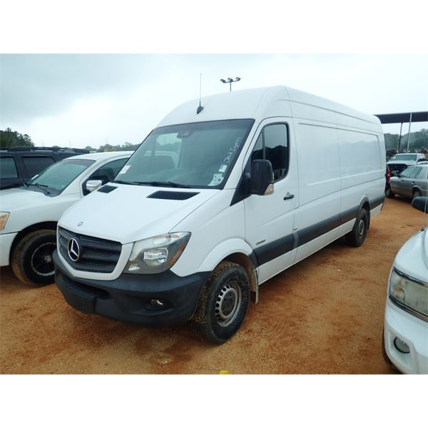 2015 MERCEDES SPRINTER Cargo Van