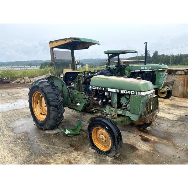 1980 JOHN DEERE 2040 Farm Tractor