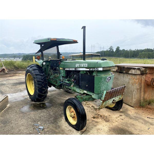 1987 JOHN DEERE 2355 Farm Tractor