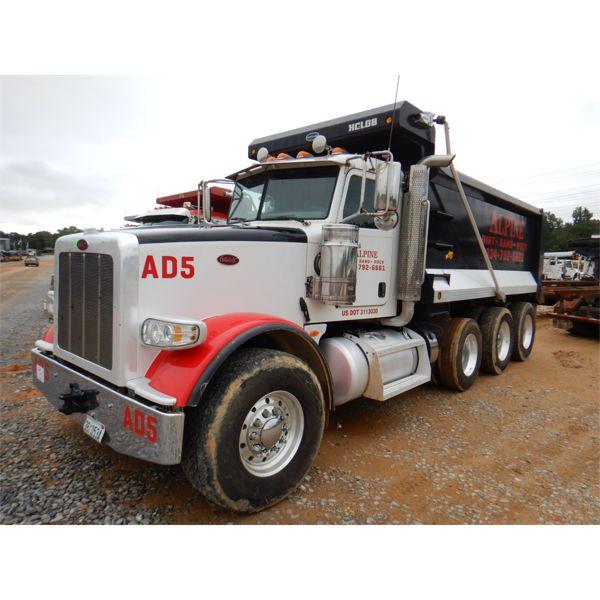 2017 PETERBILT 367 Dump Truck