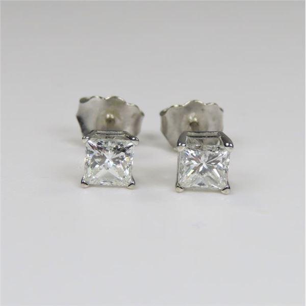 21CAI-13 DIAMOND STUD EARRINGS