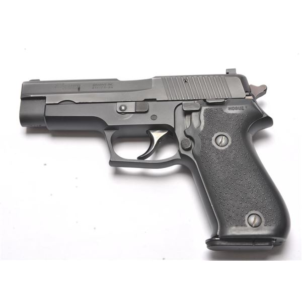 21BJ-7 SIG SAUER P220