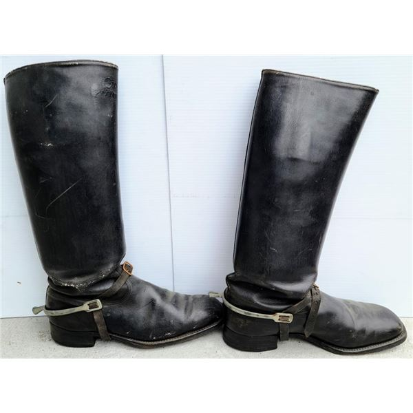 21DC-112 LOT OF GERMAN RIDING BOOTS