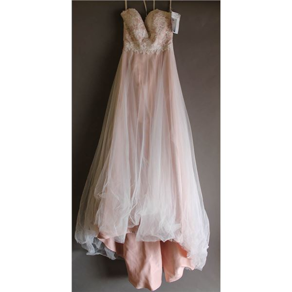 BLUSH VENUS BRIDAL GOWN; SIZE 4, STYLE# AT6675