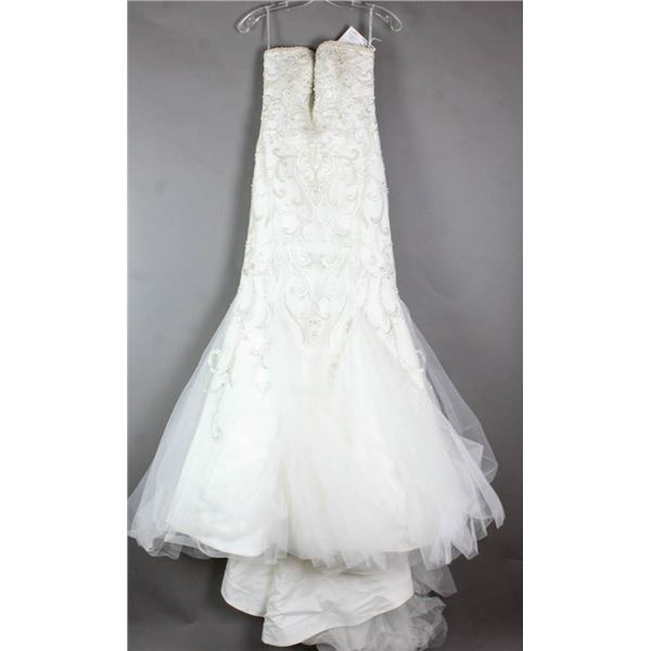 IVORY WTOO WATERS DESIGNER BRIDAL GOWN; SIZE 6,