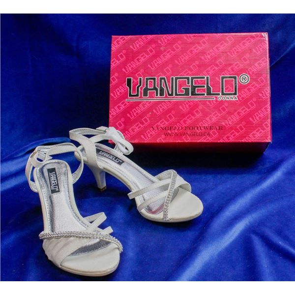 IVORY DRESS SANDALS BY VANGELO - SIZE 6.5